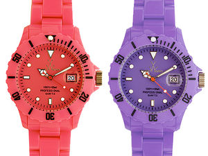 Toywatch_rose_violet