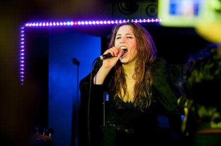 Izia concert