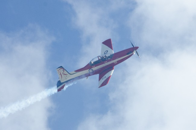 royal-australian-air-force-roulettes_4
