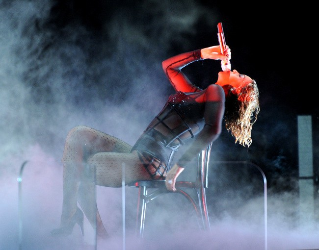 Beyonce-drunk-in-love-grammy-2