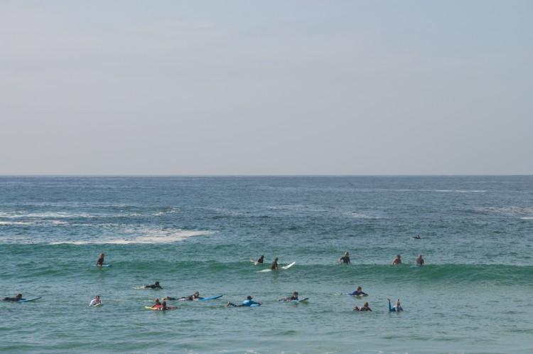 sydney-bondi-beach-surf-1
