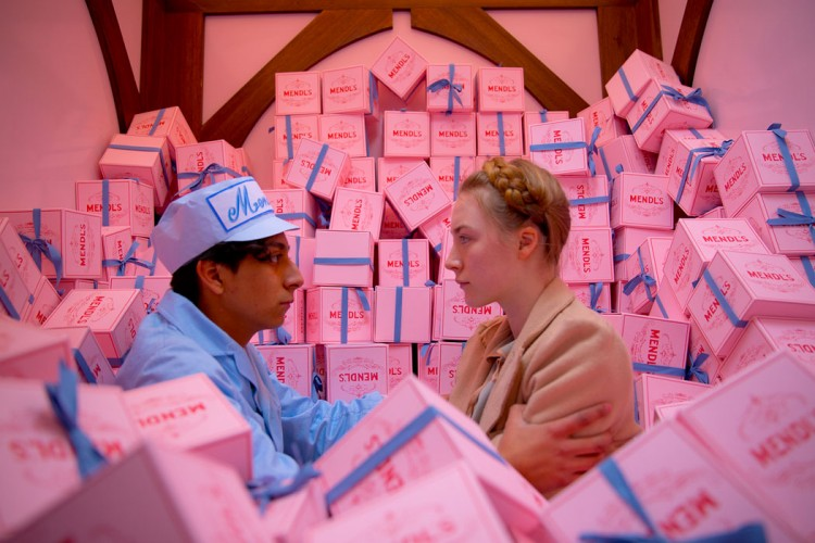 tony-revolori-saoirse-ronan-the-grand-budapest-hotel-02