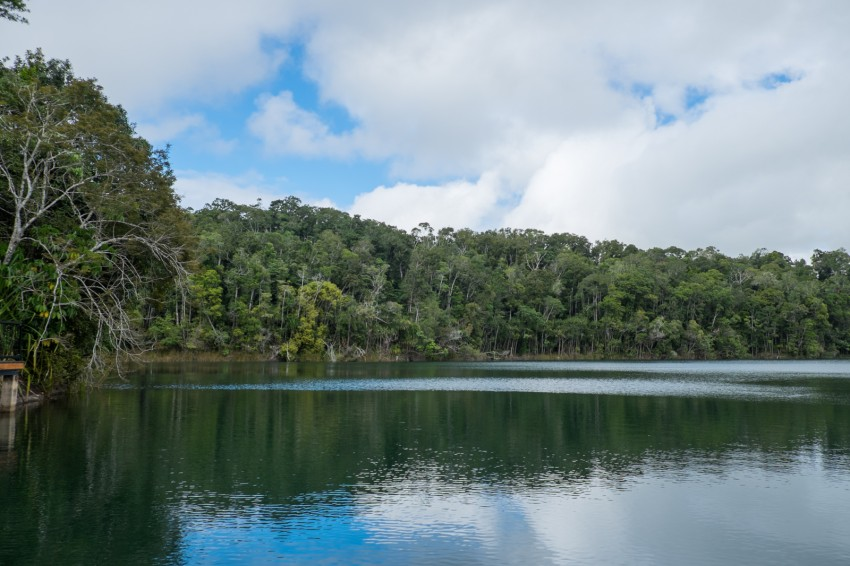 australie-queensland-atherton-tablelands-lake-eacham