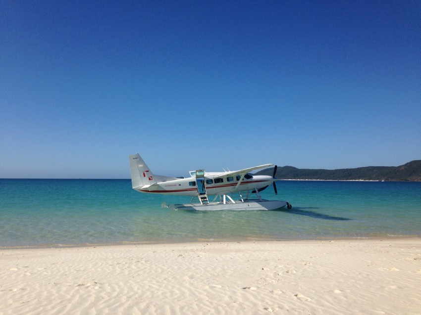 australie-queensland-whitehaven-beach-air-whitsunday-hydravion