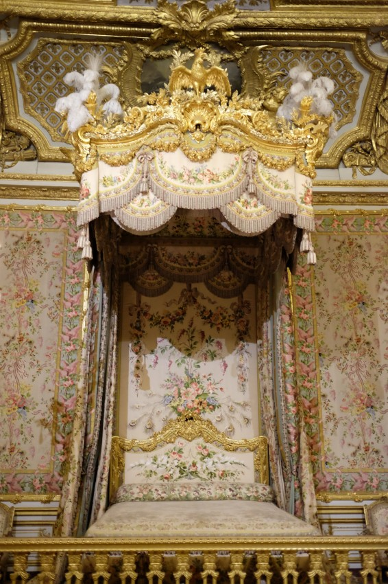 chateau-versailles-grand-appartement-reine