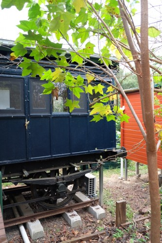 australie-queensland-glass-house-mountains-ecolodge-victorian-train-carriage