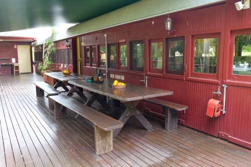 australie-queensland-glass-house-mountains-ecolodge-wagon-restaurant