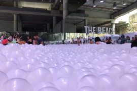 the-beach-ball-pit-snarkitecture-sydney